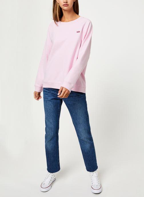 Vêtements Levi's Relaxed Graphic Crew W Rose vue bas / vue portée sac