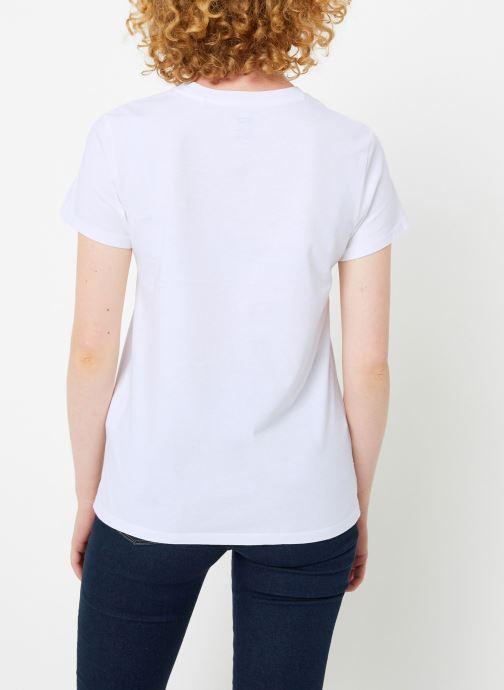 Vêtements Levi's Perfect Tee W Blanc vue portées chaussures