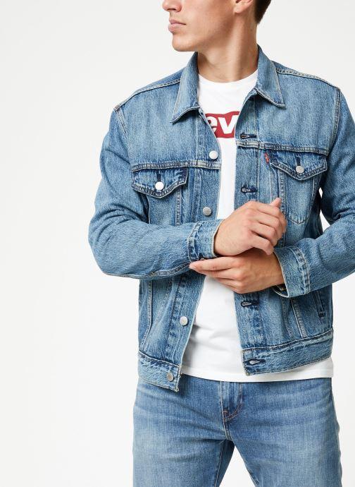 Vêtements Levi's The Trucker Jacket M Bleu vue détail/paire