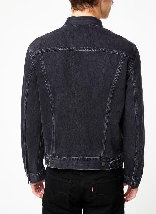 Vêtements Levi's The Trucker Jacket M Noir vue portées chaussures