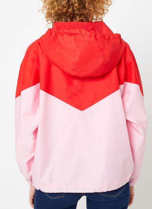 Vêtements Levi's Kimora Jacket W Rouge vue portées chaussures