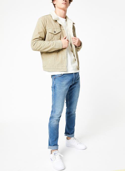 Vêtements Levi's Type 3 Sherpa Trucker M Beige vue bas / vue portée sac