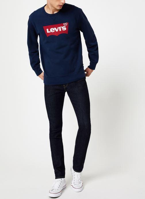 Vêtements Levi's Graphic Crew M Bleu vue bas / vue portée sac