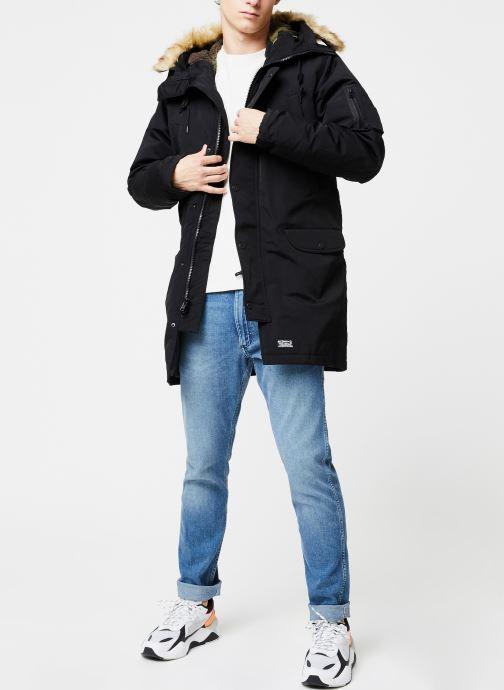 Vêtements Levi's Down Davidson Parka M Noir vue bas / vue portée sac