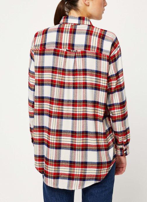 Vêtements Levi's The Utility Shirt W Rouge vue portées chaussures