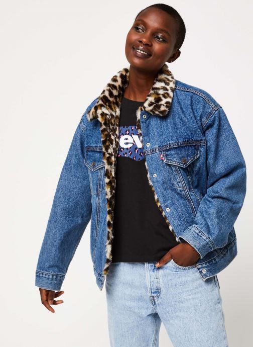 Vêtements Levi's Dad Reverse Fur Trucker Bleu vue détail/paire