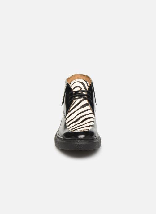 Bottines et boots Kickers ORIGAME Noir vue portées chaussures