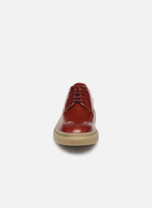 Chaussures à lacets Kickers ORIGAMI Rouge vue portées chaussures
