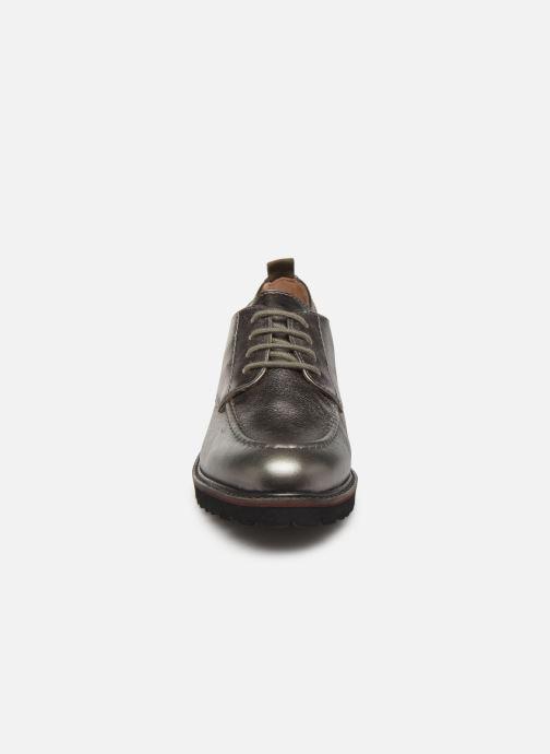 Schnürschuhe Kickers RUDORA silber schuhe getragen