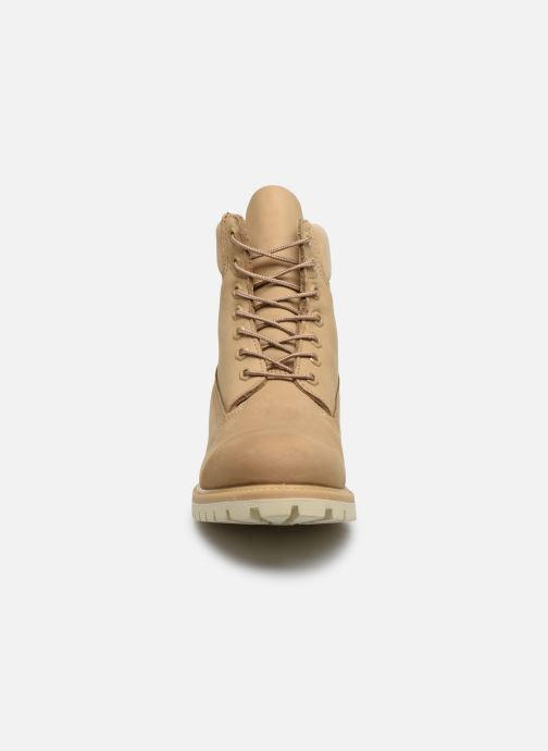 Bottines et boots Timberland 6 Inch Premium Boot H Beige vue portées chaussures