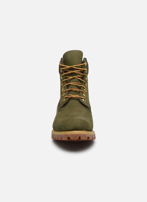 Stivaletti e tronchetti Timberland 6 Inch Premium Boot H Verde modello indossato