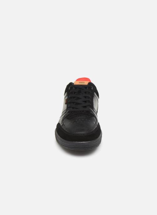 Sneakers Kickers ATLANTE Nero modello indossato