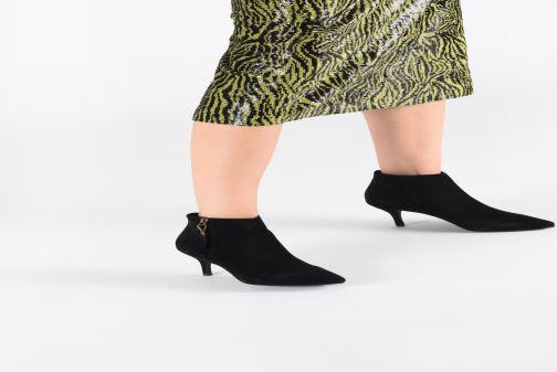 Bottines et boots Shoe the bear AGNETE GOLD S Noir vue bas / vue portée sac
