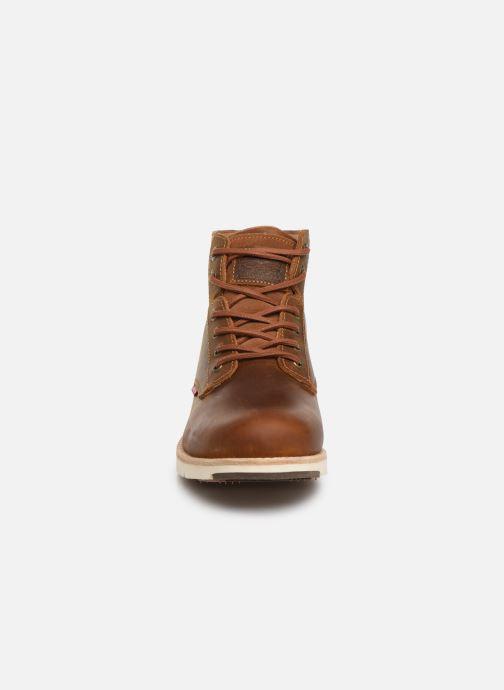 Bottines et boots Levi's JAX PLUS Marron vue portées chaussures