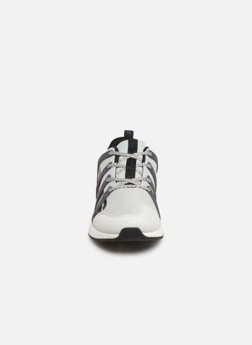 Sneakers Levi's BODIE Hvid se skoene på