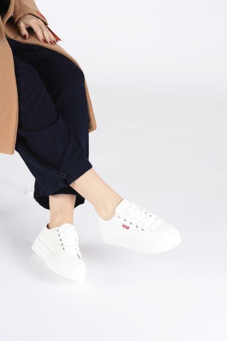 Baskets Levi's TIJUANA Blanc vue bas / vue portée sac