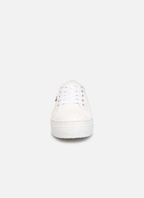 Baskets Levi's TIJUANA Blanc vue portées chaussures