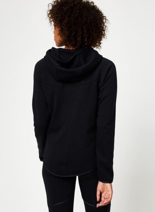 Vêtements Nike Veste Femme Nike Sportswear Tech Fleece Noir vue portées chaussures