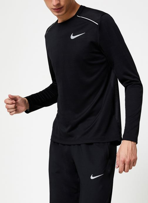 Vêtements Nike Haut de running Homme Nike Dry Miler manches longues Noir vue détail/paire