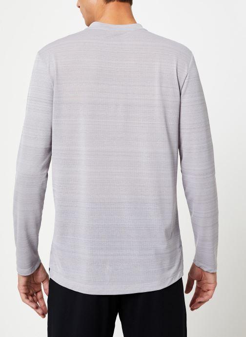 Nike T-shirt - Haut de running Homme Nike Dry Miler man (Gris) - Vêtements chez Sarenza (405608) K3Yr6