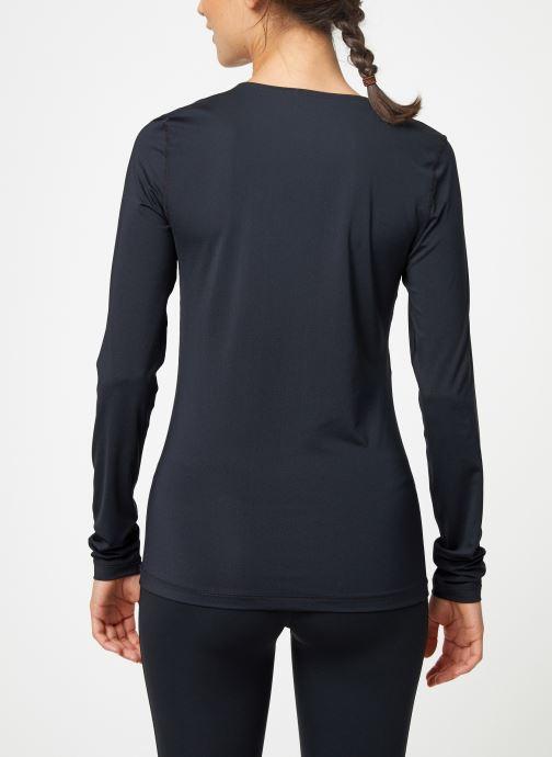 Vêtements Nike Haut de training femme Nike Pro mesh manches longues Noir vue portées chaussures