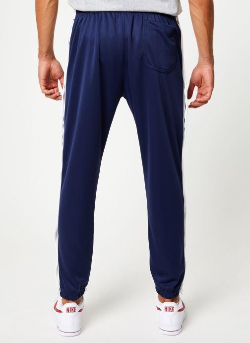 Vêtements Nike Pantalon Homme Nike Sportswear Heritage avec Pressions Bleu vue portées chaussures