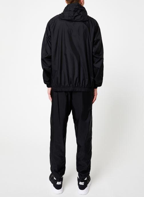 Vêtements Nike Survêtement Homme Woven Nike Sportswear Noir vue portées chaussures