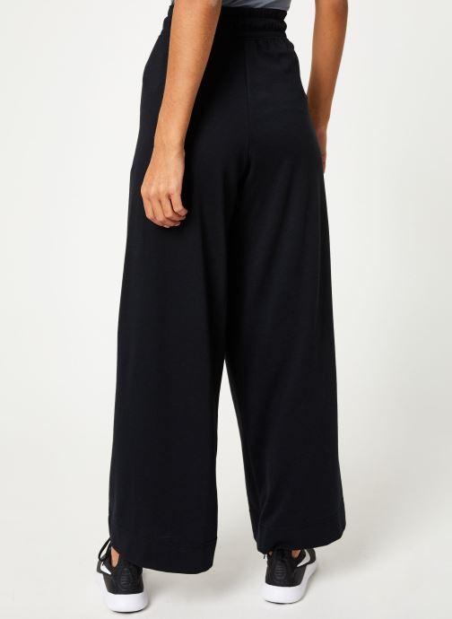 Vêtements Nike Pantalon Femme Nike Sportswear bas droit Noir vue portées chaussures