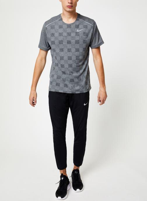 Kleding Nike Haut de Running Homme Nike Dry Fit Miler manches courtes Zwart onder