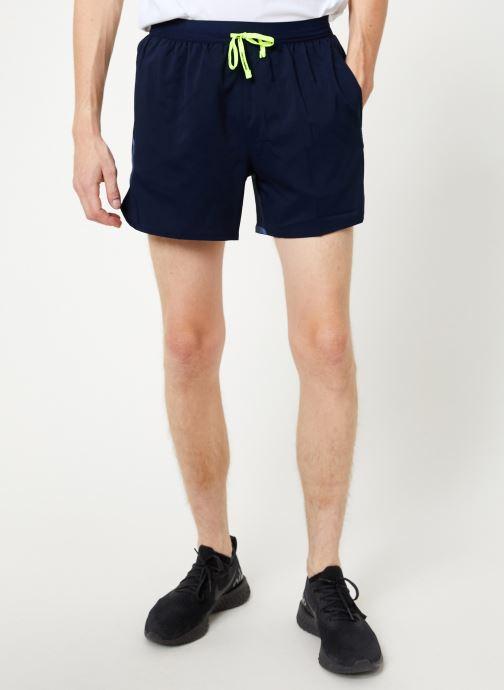 Vêtements Nike Short de running Homme 12,5 cm Nike Air Flex Stride Bleu vue détail/paire