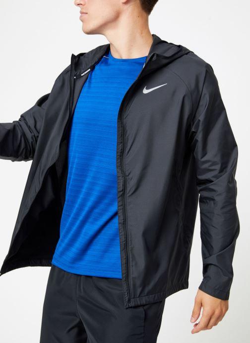 Vêtements Nike Veste de running Homme Nike Essential Noir vue détail/paire