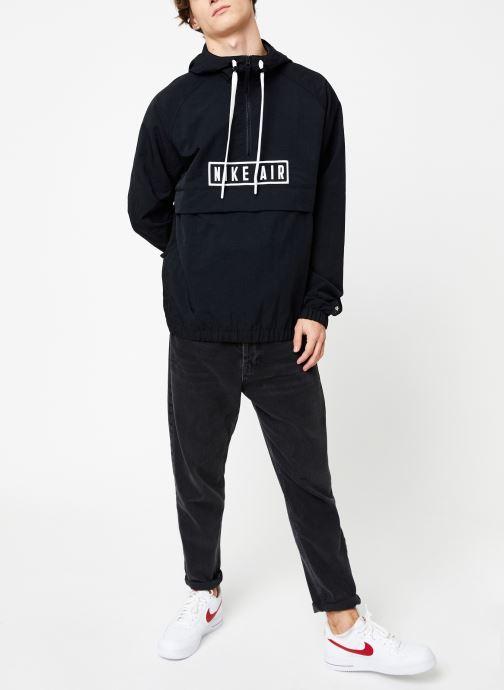 Vêtements Nike Sweat à Capuche 1/2 zip homme Nike Sportswear Air Noir vue bas / vue portée sac