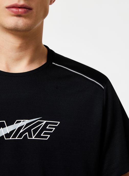 Tøj Nike Haut de running Homme Nike Dry Miler Réflechissant manches courtes Sort se forfra