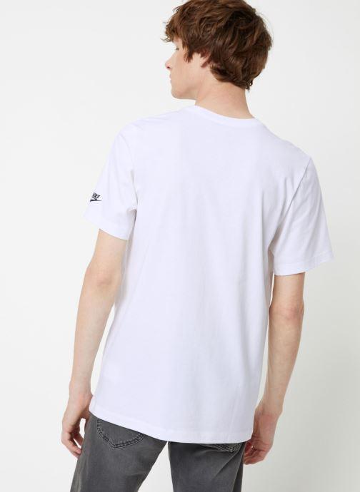 Tøj Nike Tee-Shirt Homme Nike Sportswear Court Hvid se skoene på