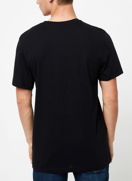Vêtements Nike Tee-Shirt Homme Nike Sportswear Air Noir vue portées chaussures