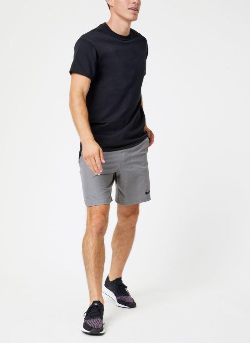 Vêtements Nike Short de training Homme Déperlant Nike Pro Flex Gris vue bas / vue portée sac