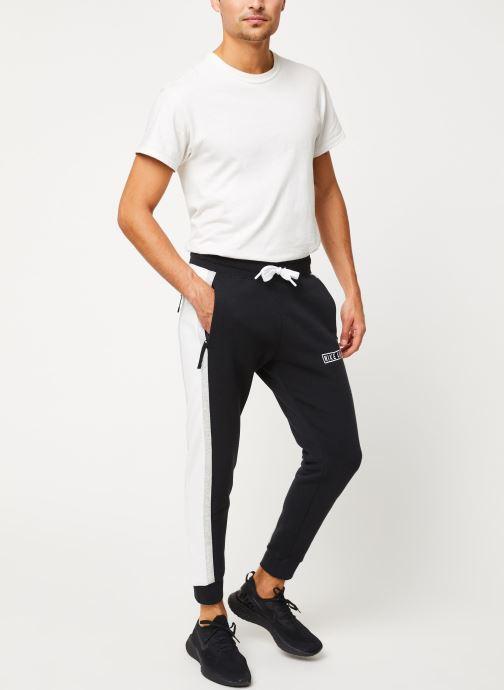 Vêtements Nike Pantalon Homme Nike Sportswear Air Noir vue bas / vue portée sac