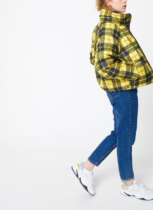Kleding Nike Blouson Femme Imprimé Nike Sporstwear Statement Geel onder