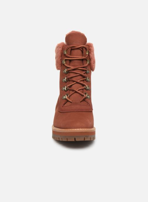 Botines  Timberland Courmayeur Valley WP 6in Rojo vista del modelo