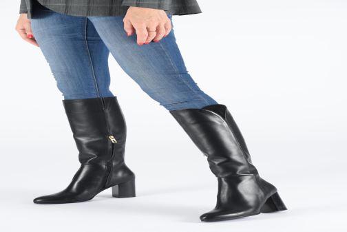 Stiefel Parallèle Dana C schwarz ansicht von unten / tasche getragen