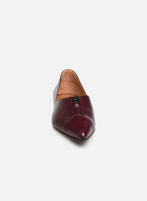 Ballerines Parallèle Stone Nappa C Bordeaux vue portées chaussures