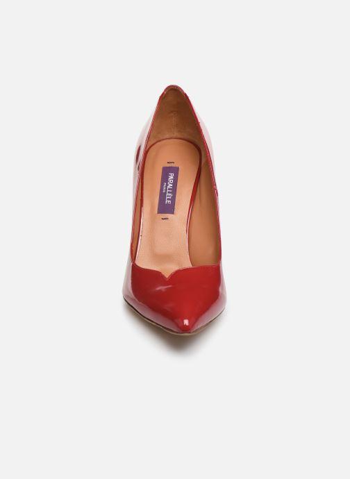 Zapatos de tacón Parallèle Zirta C Rojo vista del modelo