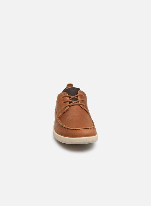 Chaussures à lacets Clarks Unstructured Un Lisbon Lace Marron vue portées chaussures