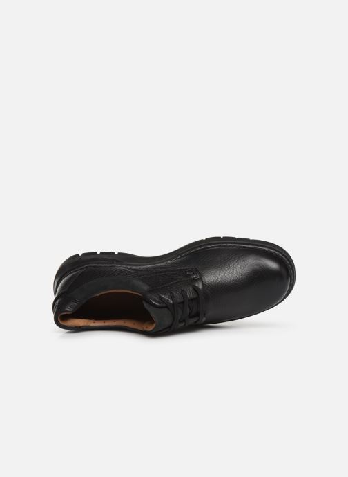 Lace-up shoes Clarks Unstructured Un Ramble Lo Black view from the left