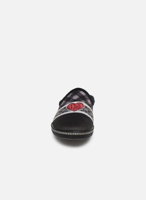 Chaussons La maison de l'espadrille Noella Noir vue portées chaussures