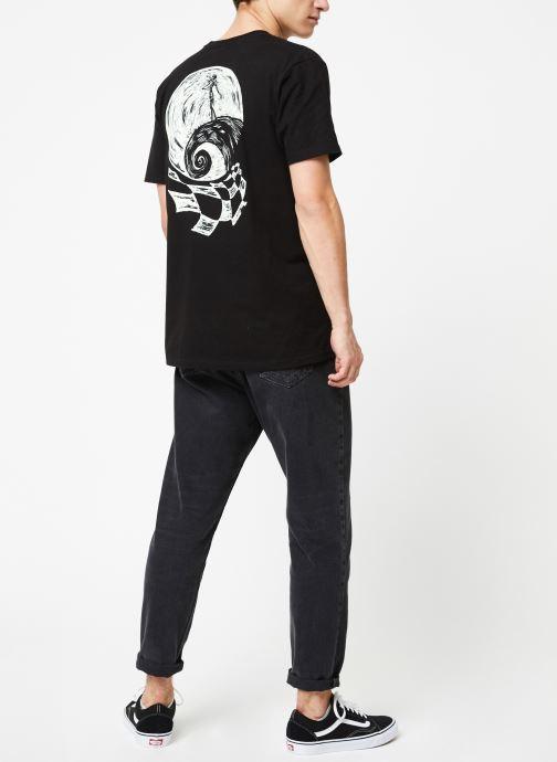 Vêtements Vans Sketchy Jack SS Noir vue bas / vue portée sac