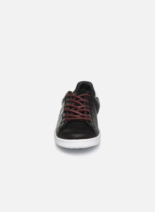 Sneaker Victoria Tenis Piel x Valentine schwarz schuhe getragen