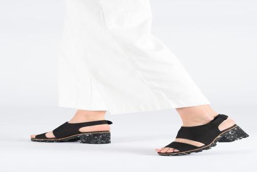 Sandales et nu-pieds Clarks Rene Sienna Noir vue bas / vue portée sac