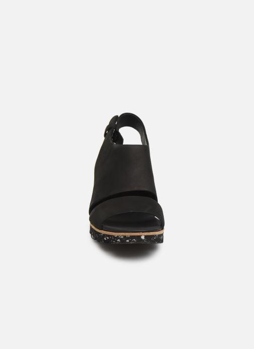 Sandali e scarpe aperte Clarks Rene Sienna Nero modello indossato