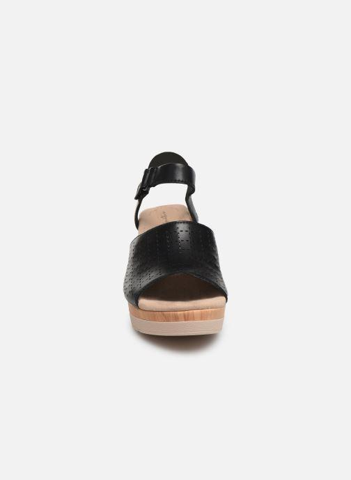 Sandales et nu-pieds Clarks Cammy Glory Noir vue portées chaussures